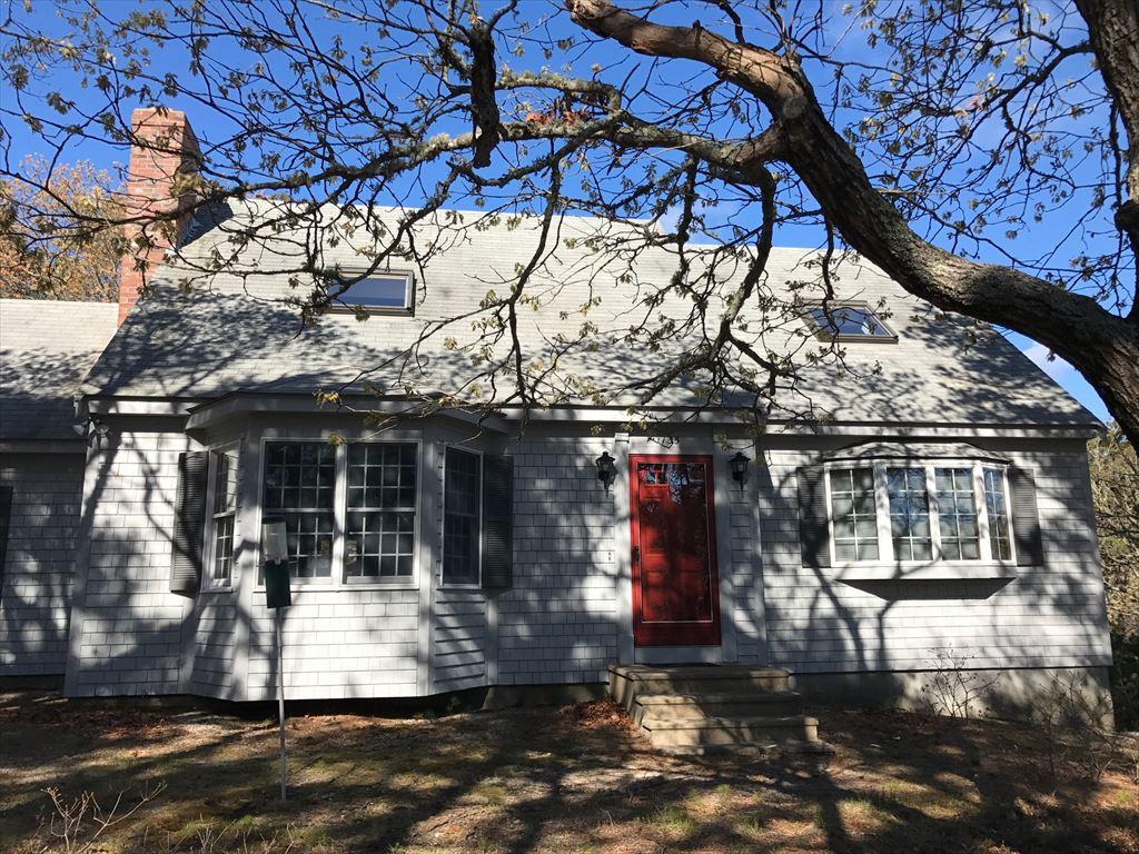 135 Thoreau Drive, Eastham
