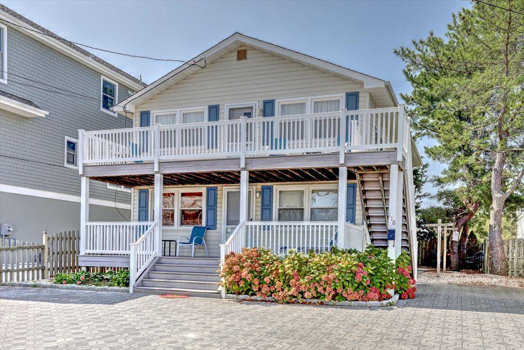118 E Pennsylvania Avenue, Beach Haven Terrace  Floor: 2