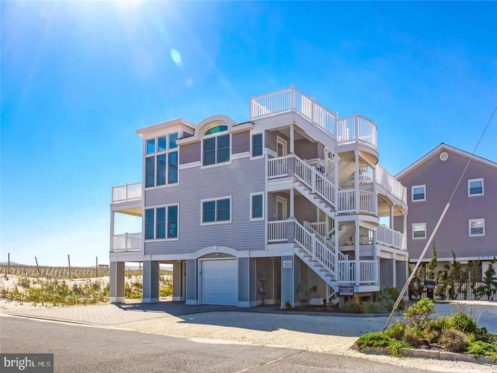 108 E Lavenia Avenue, Beach Haven Crest  Floor: 2