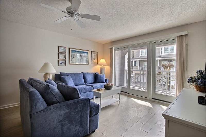 9904 Seapointe Blvd, Wildwood Crest Unit: 209 Floor: Lobby