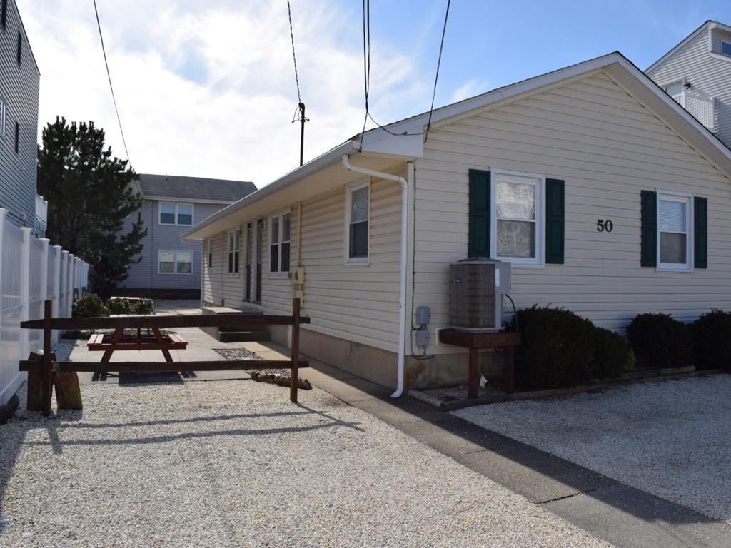 50 83rd Street, Sea Isle City Unit: Rear