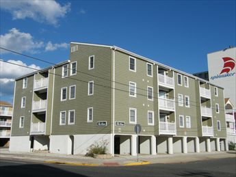 33 36th Street, Sea Isle City Unit: 2D Floor: 2nd