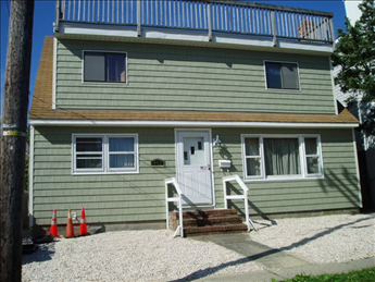 412 Dock Road, Beach Haven Unit: Single