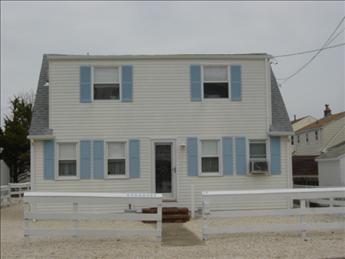 17 E 19th Street, North Beach Haven Unit: Single