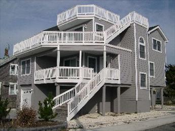 201 Ocean Street, Beach Haven