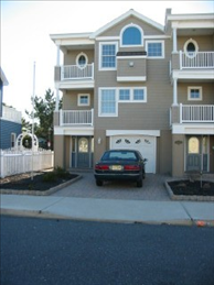 106 E. Maryland Ave, Beach Haven Terrace Unit: East