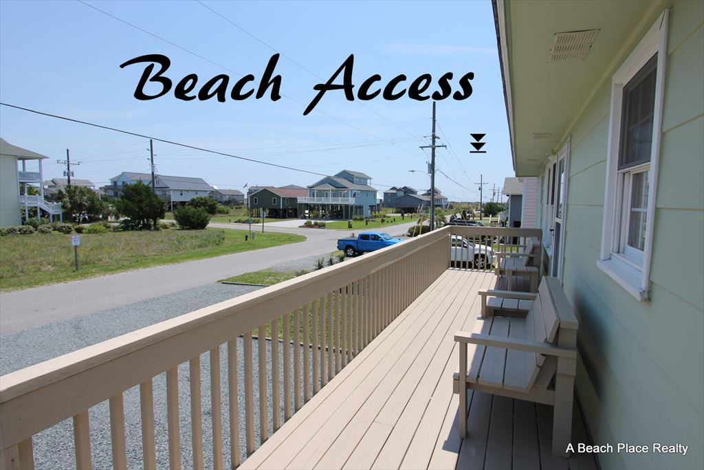 Front Deck and view of Beach Access