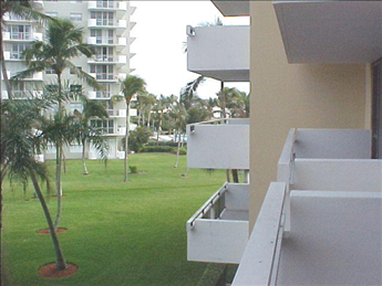 180 Seaview Ct  Tradewinds 302, MARCO ISLAND Unit: 302