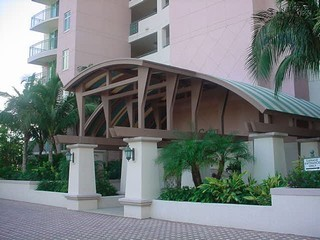 425 Cove Towers Drive, Naples Unit: 902