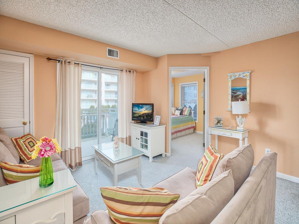 9903 Seapointe Blvd., Wildwood Crest Unit: 303 Floor: 3