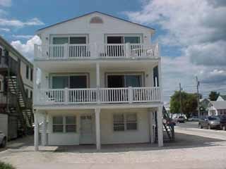 9300 Pleasure Ave., Sea Isle City Unit: B Floor: 2nd