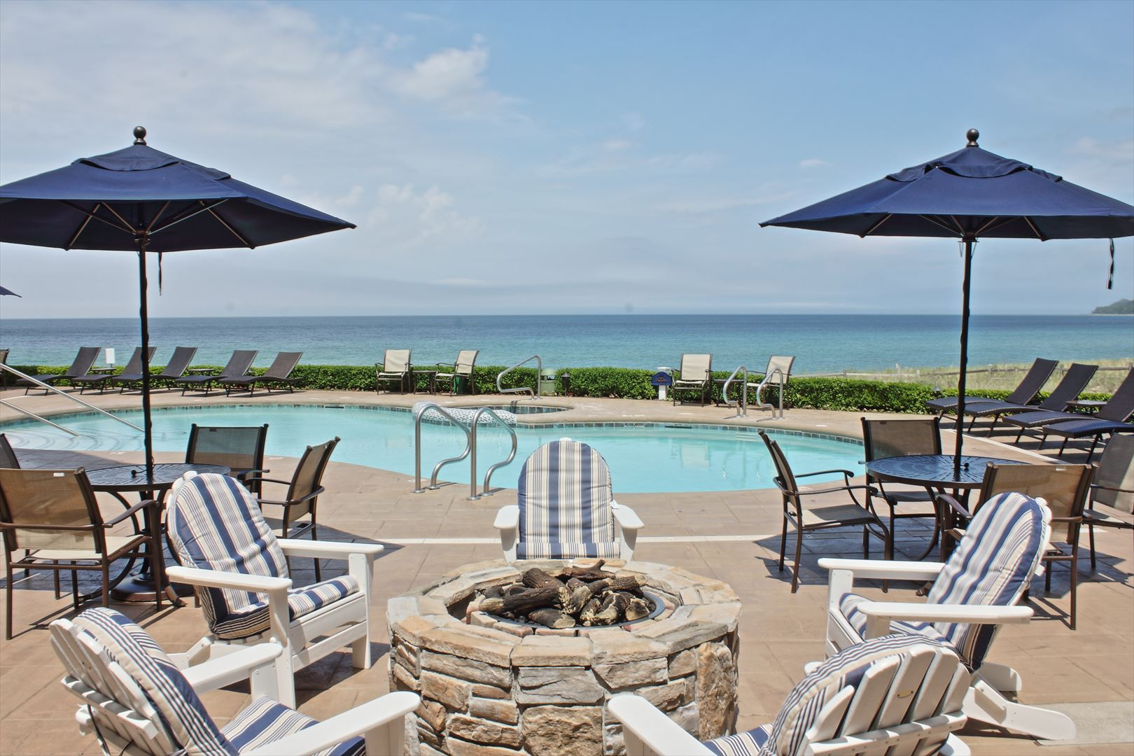 Enjoy fires on the outdoor pool deck overlooking Lake Michigan