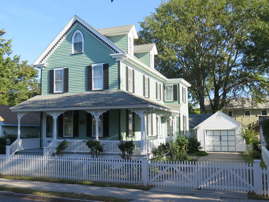 295 Windsor Avenue, Cape May