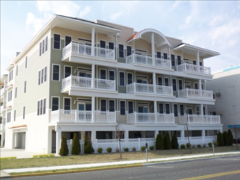 407 E Palm Rd, Wildwood Crest Unit: 206 Floor: 2nd