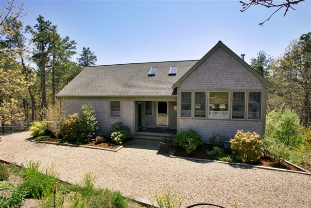 20 White Tail Lane, Wellfleet