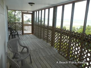 Screen Porch on top level