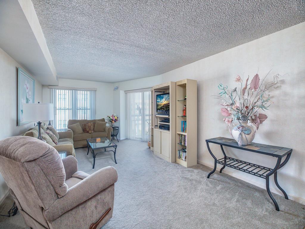9905 Seapointe Blvd, Wildwood Crest Unit: 613 Floor: 6th