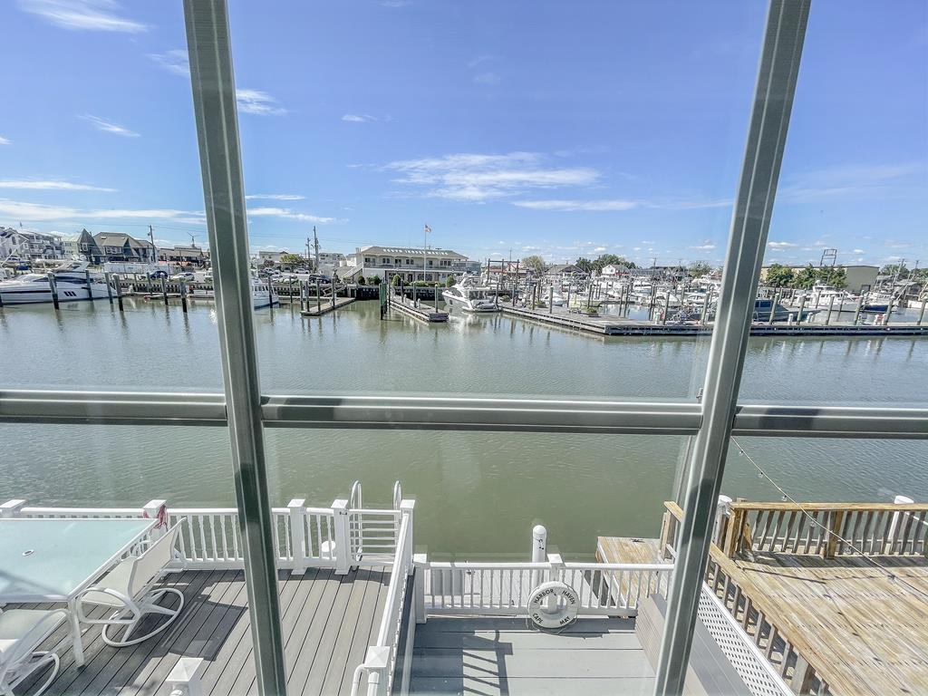 35 Yacht Avenue, Cape May