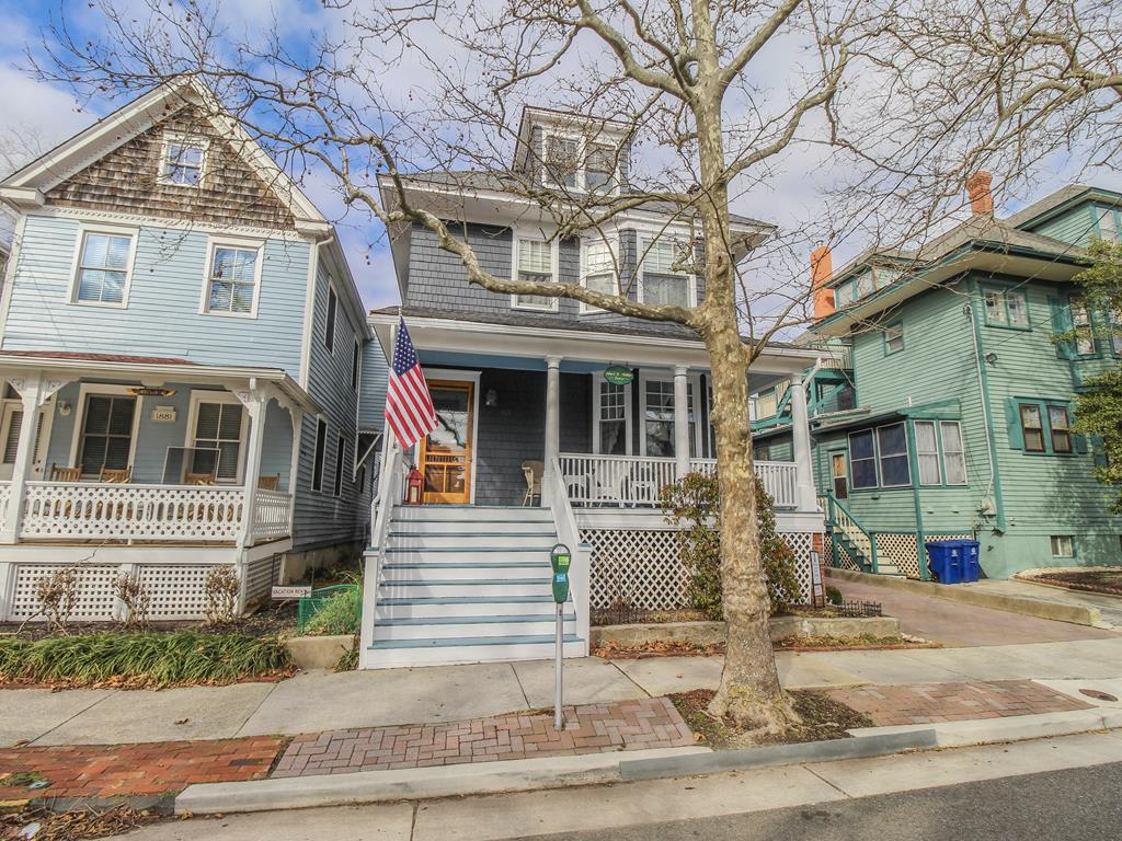 513 Hughes Street, Cape May