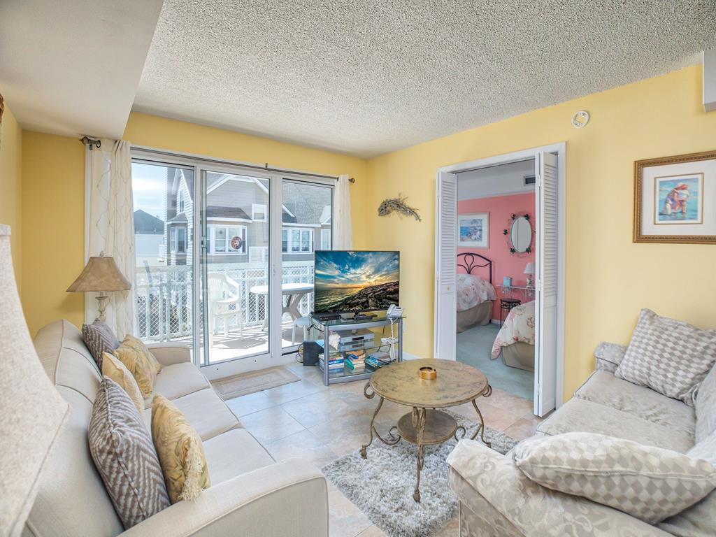 9905 Seapointe Blvd, Wildwood Crest Unit: 304 Floor: 3rd