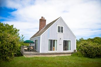 1053 Cooneymus Road, Block Island