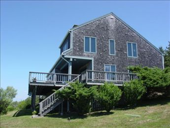 1221 Cooneymus Road, Block Island