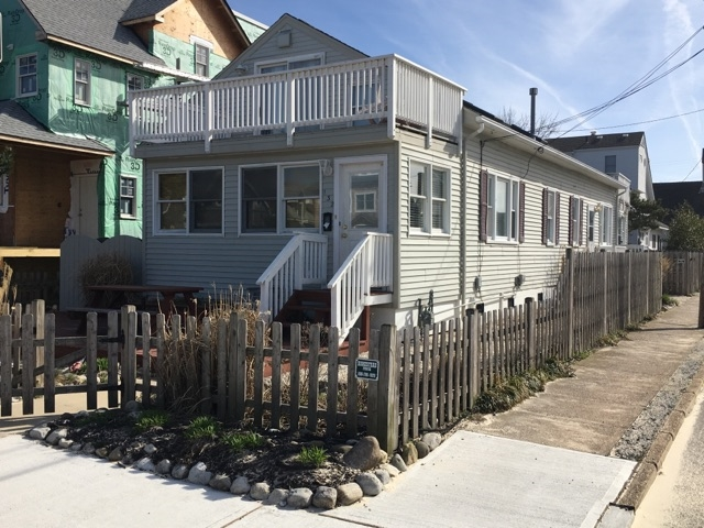 132 Fifth Street, Beach Haven Unit: Front