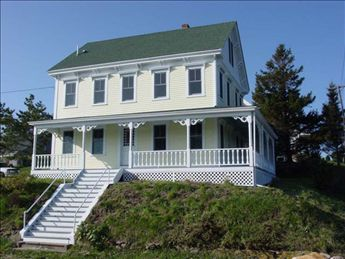 472 Old Town Road, Block Island