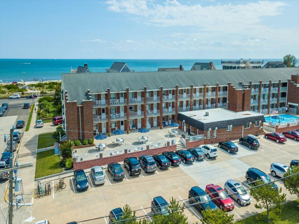 1520 New Jersey Avenue, Cape May Unit: 201 Floor: 2