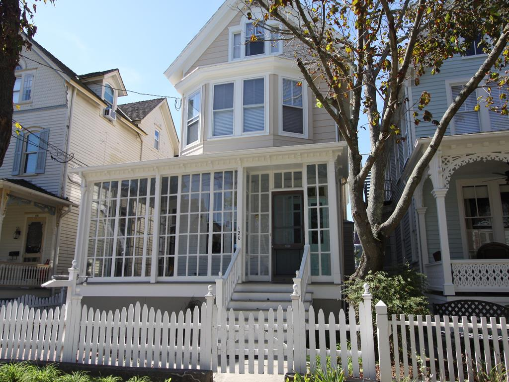 120 Decatur Street, Cape May