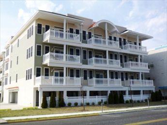 407 E Palm Rd, Wildwood Crest Unit: 102 Floor: 1st
