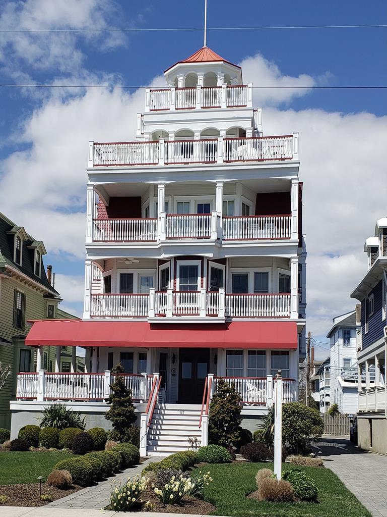927 Beach Ave, Cape May Unit: 4 Floor: 2