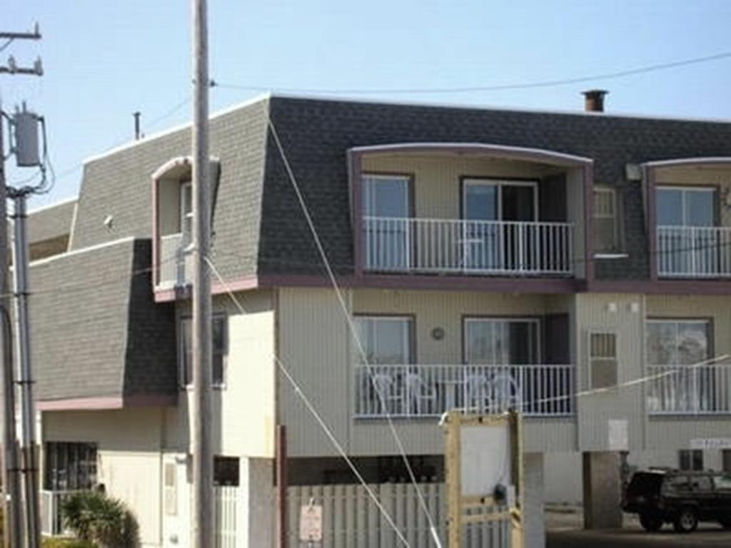 875 Plymouth Place, Ocean City Unit: 19