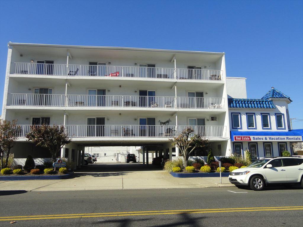 900 Ocean Avenue, Ocean City Unit: 306 Floor: 3rd