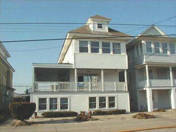 1530 Wesley Avenue, Ocean City Unit: B Floor: 2nd