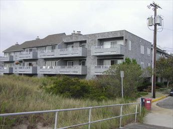 920 Pennlyn Place, Ocean City Unit: 15 Floor: 1st
