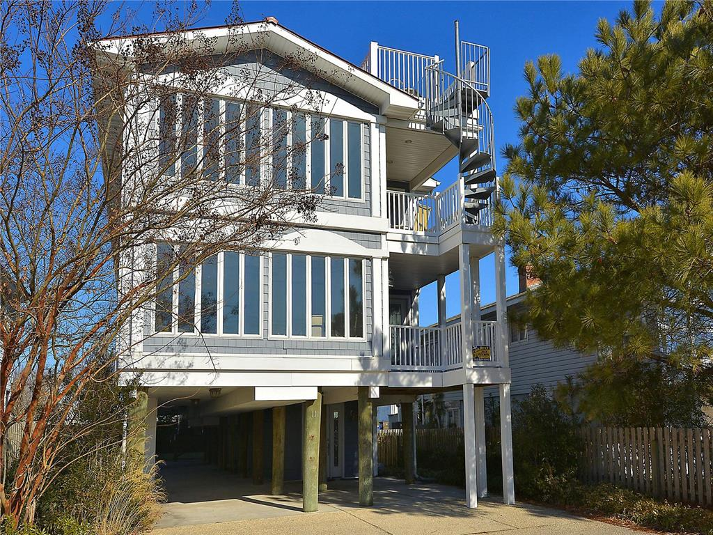 111 Hollywood Street, Bethany Beach