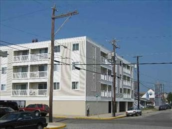 26 42nd Street, Sea Isle City Unit: 207 Floor: 2