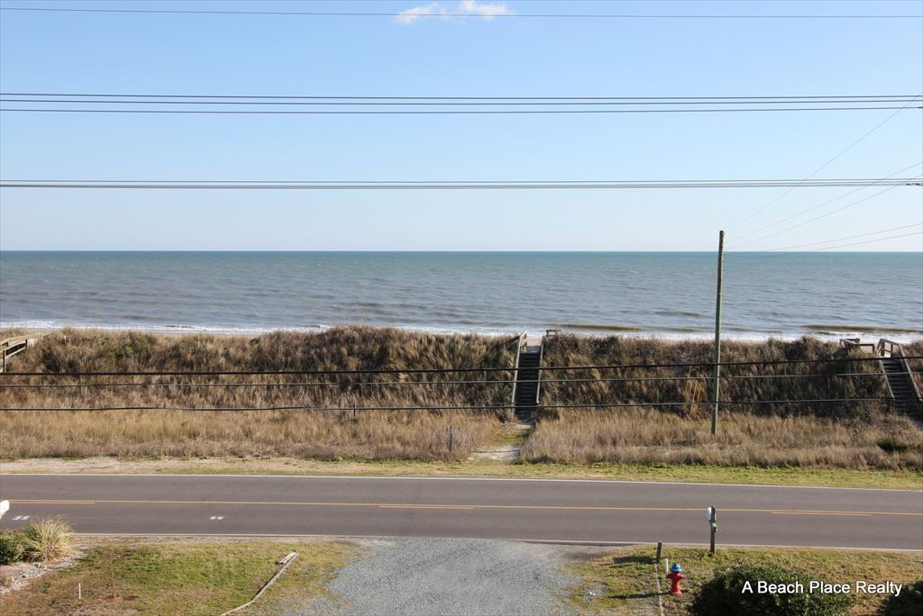 Unobstructed Ocean Views and Beach Access