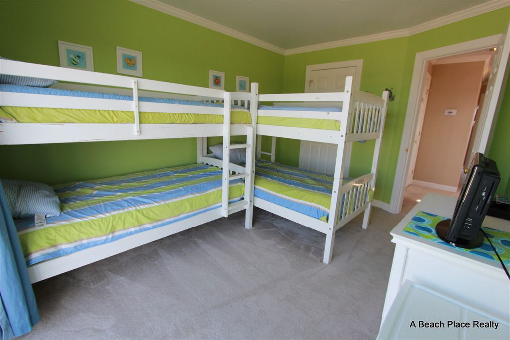 Bedroom 4, 2 Bunk Beds (4 twins), Sound Views - Surf n Sound