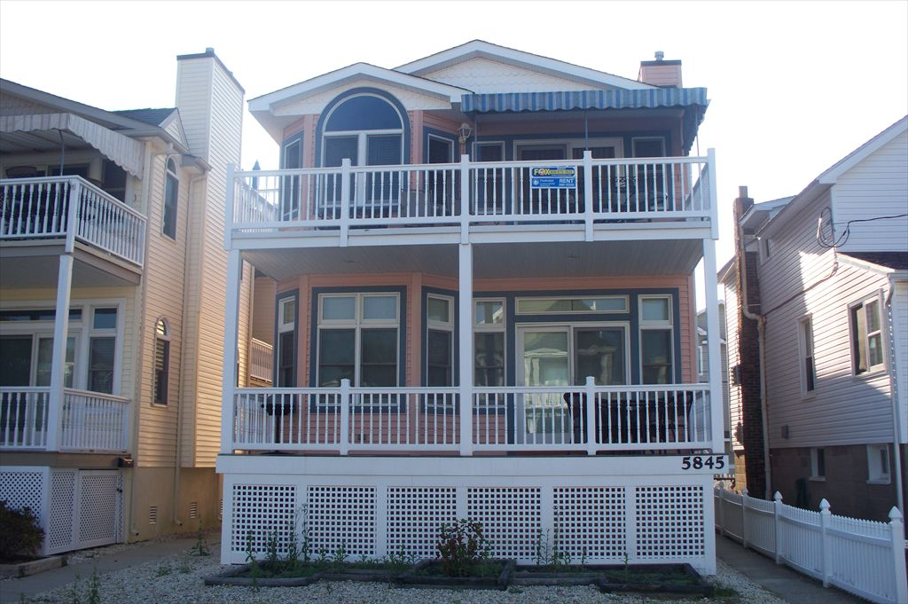 5847 Asbury Avenue, Ocean City Unit: B Floor: 2nd