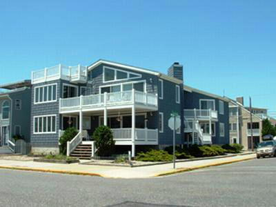 2400 Wesley Avenue, Ocean City Unit: B Floor: 2nd