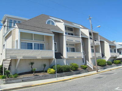 832 Moorlyn Terrace, Ocean City Unit: 105