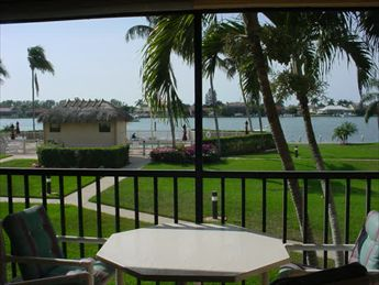 730 W Elkcam Cir  Smokehouse Hbr 212, Marco Island Unit: 212