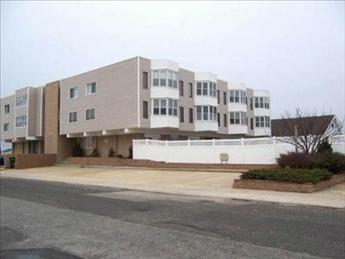 4114 Central Avenue, Sea Isle City Unit: 204 Floor: 2