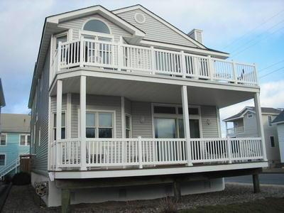 875 Park Place, Ocean City Unit: B Floor: 2nd