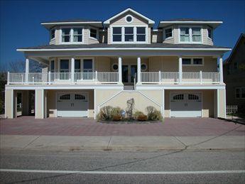 908 S Beach Avenue, Beach Haven