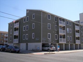33 36th Street, Sea Isle City Unit: 3C Floor: 3rd Floor