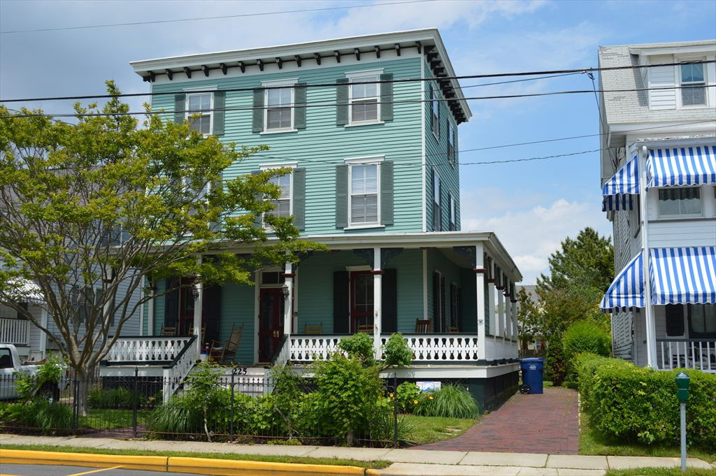 225 Grant Street, Cape May