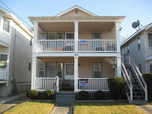 1811 Asbury Avenue, Ocean City Unit: B Floor: 2nd